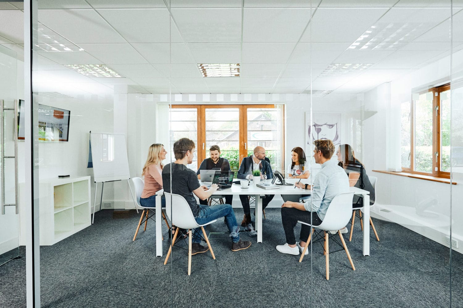 creative-meeting-in-chichester-office
